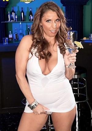 Best MILF Party Porn Pics