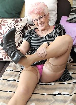 Best MILF Glasses Porn Pics