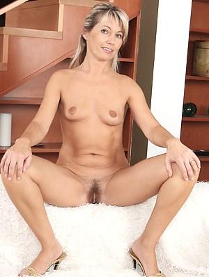 Best Small Tits MILF Porn Pics