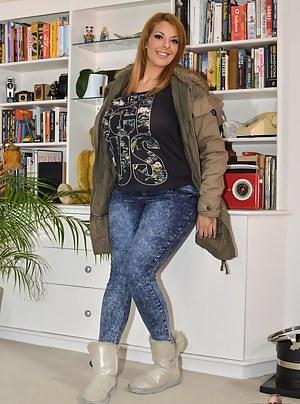 Best MILF Jeans Porn Pics