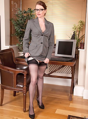 Best MILF Uniform Porn Pics