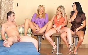 Best MILF Seduction Porn Pics
