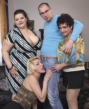 Best MILF Reverse Gangbang Porn Pics