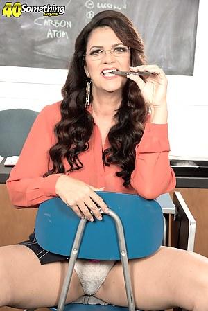 Best MILF Teacher Porn Pics