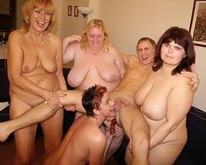 Best MILF Femdom Porn Pics