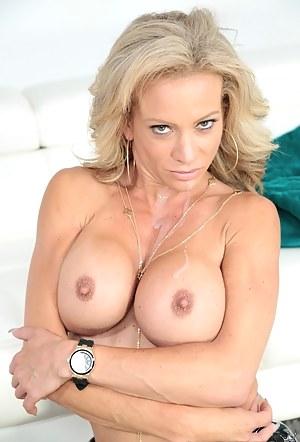 Best Fake Tits MILF Porn Pics