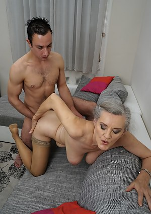 Best MILF Doggystyle Porn Pics