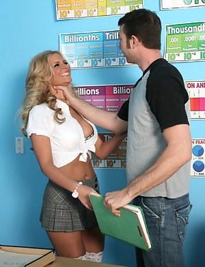 Best Schoolgirl Porn Pics